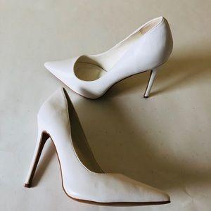 Shoe Republic LA Heels size 10